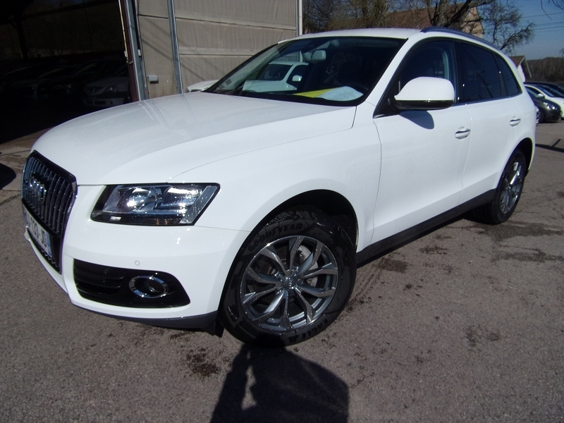 Audi Q5 QUATTRO 2L TFSI 180 CV ESSENCE GPS AUDIO MP3 RE JA 18 RADAR BLUETOOTH RÉGULATEUR Essence BLANC CRISTAL Occasion à vendre