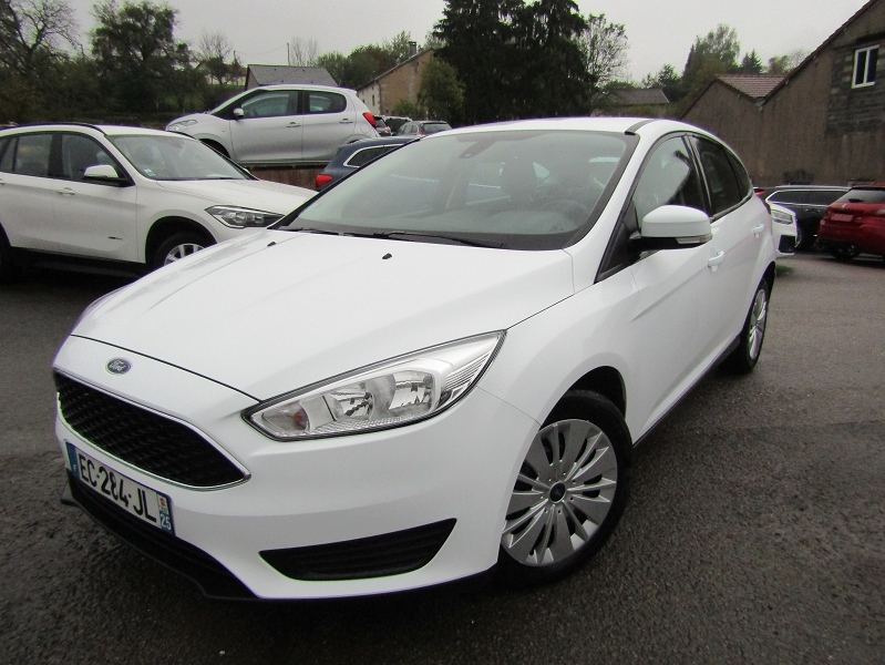 Ford FOCUS 1.5 TDCI 95CH STOP&START TREND Diesel BLANC CRISTAL Occasion à vendre