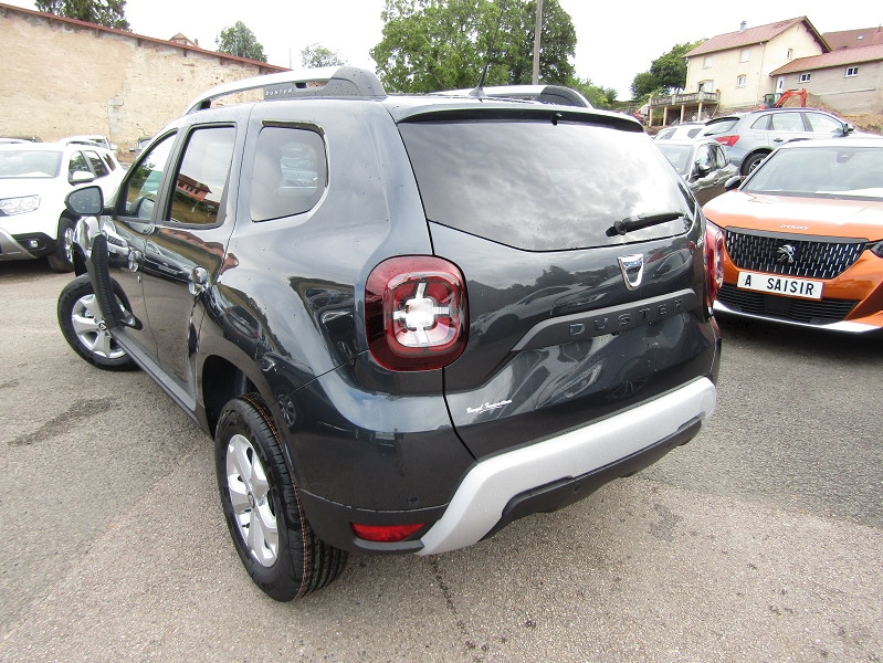 Photo 6 de l'offre de DACIA DUSTER III CONFORT LUXE TCE 100 CV ESSENCE GPS CAMÉRA MP3 USB JA 16 RE BLUETOOTH RÉGULATEUR à 15700€ chez Bougel transactions