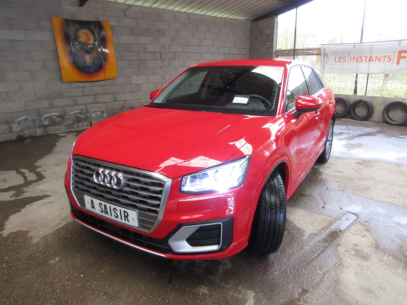 Audi Q2 TFSI S-TRONIC SPORT BOÎTE AUTO 7 RAPPORTS LUXE CAMÉRA GPS CUIR  FULL LEDS  USB Essence ROUGE HADES Occasion à vendre
