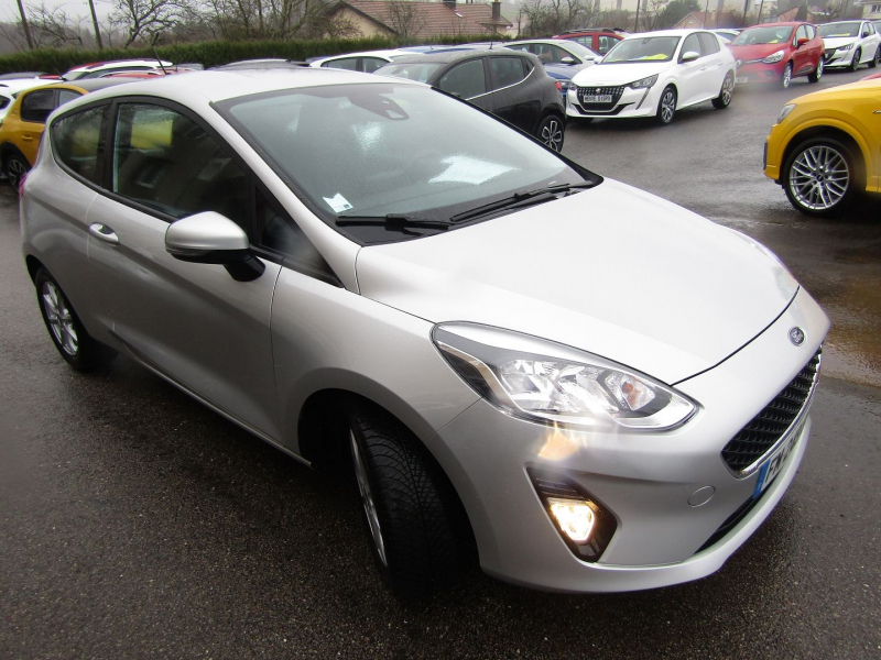 Photo 2 de l'offre de FORD FIESTA 1.0 ECOBOOST 100CH COOL & CONNECT BVA 3P à 14990€ chez Bougel transactions